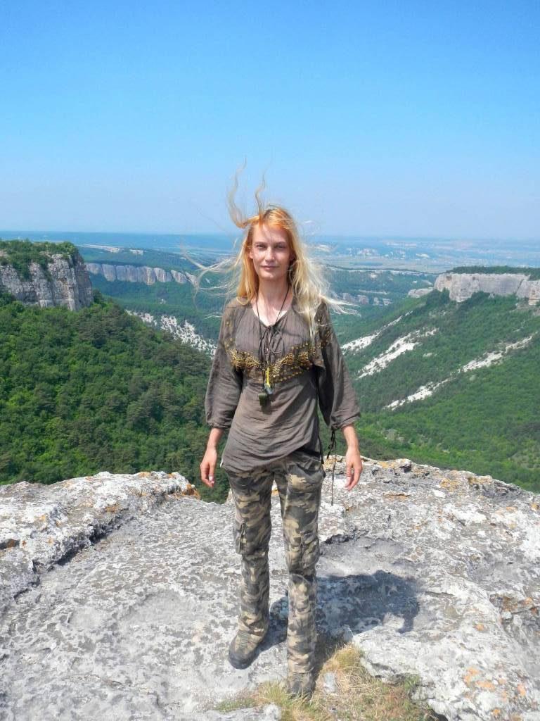 Лена- Инструктор походов по Крыму
