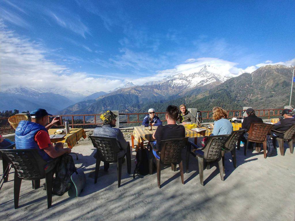 Кафе с видом на горы в Горепани