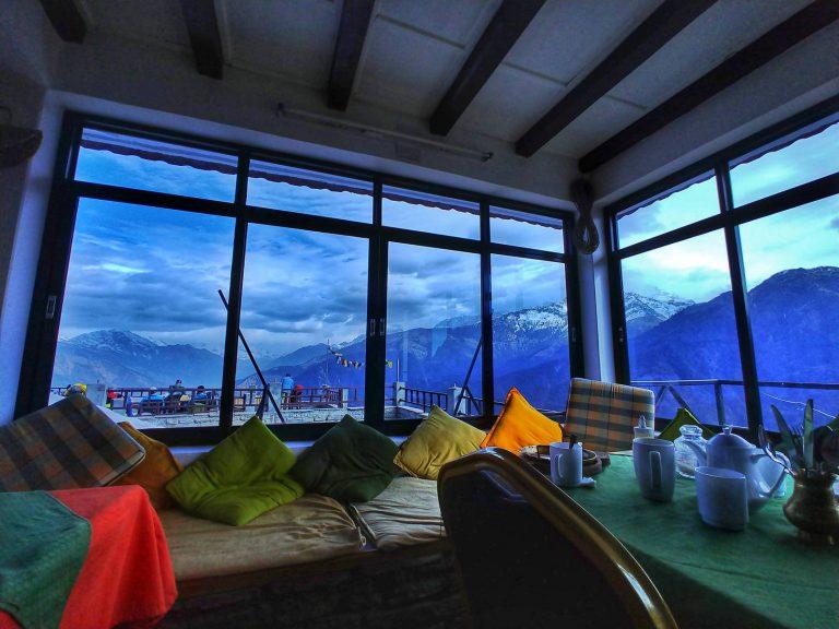 окно непальского треккинга