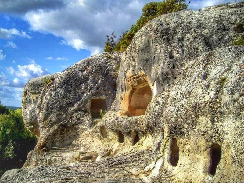 В пещерном городе
