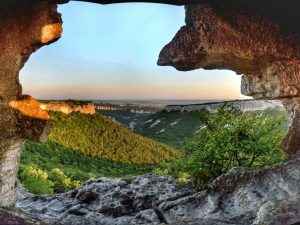 Крым. Вид на долину
