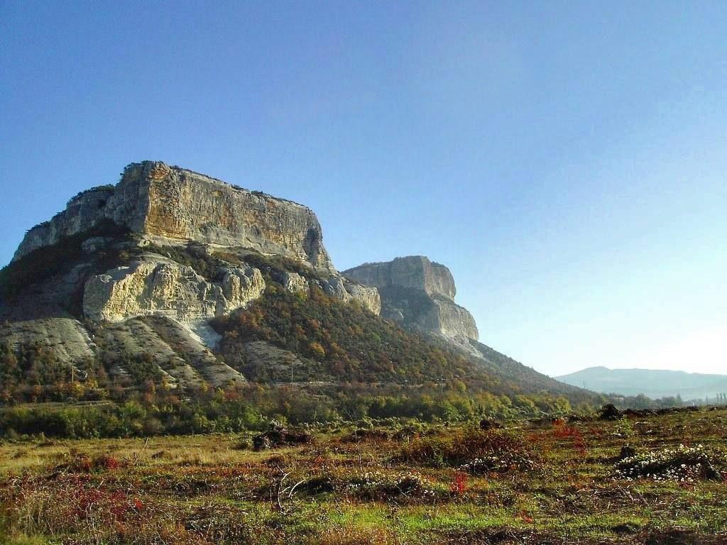 Скалы в Бельбекской долине