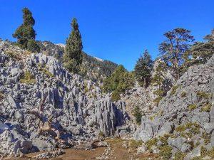 Скалы у Тахталы