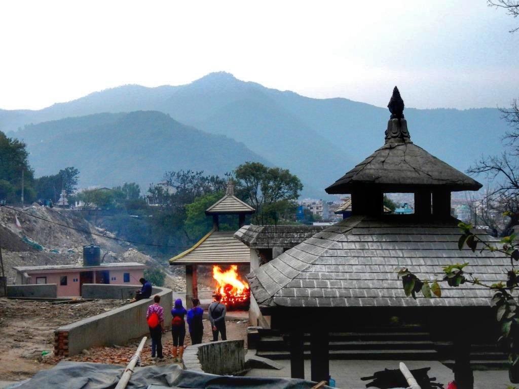 Непал Катманду Кремация