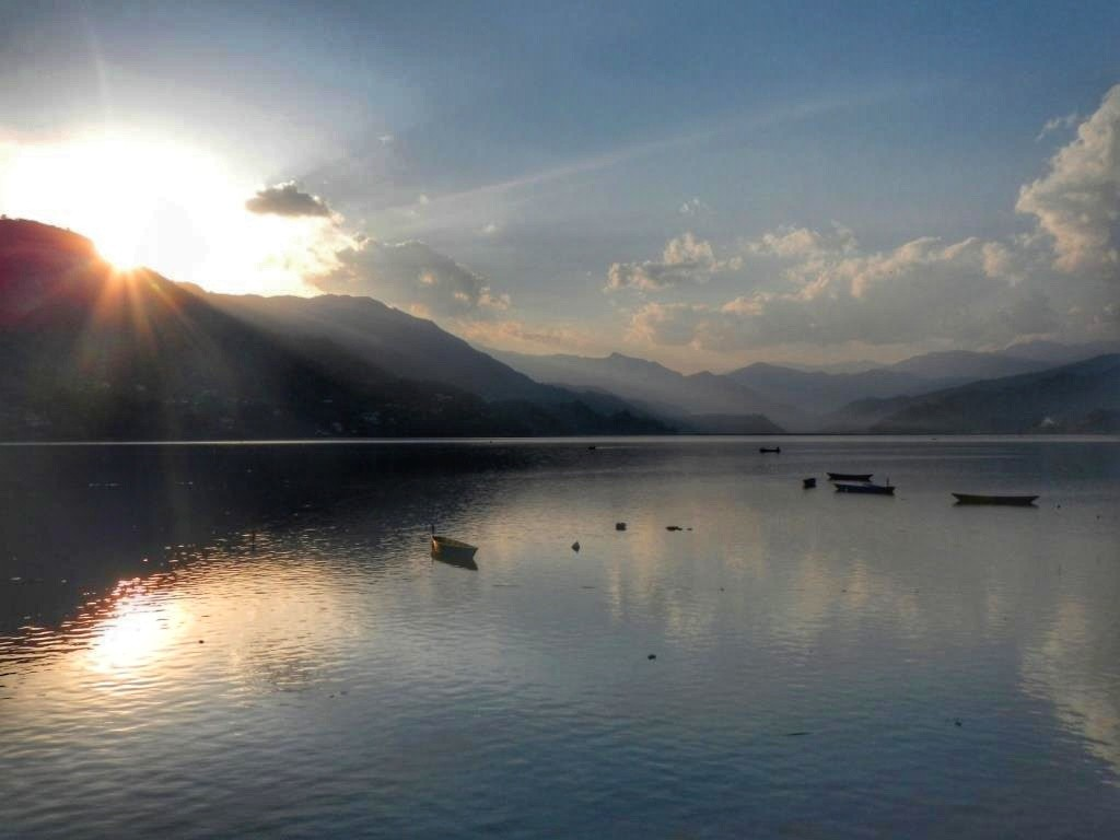 Непал. Озеро Фева