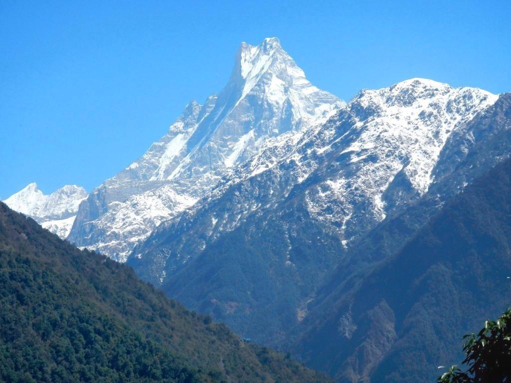 Непал. Вид на Мачапучаре