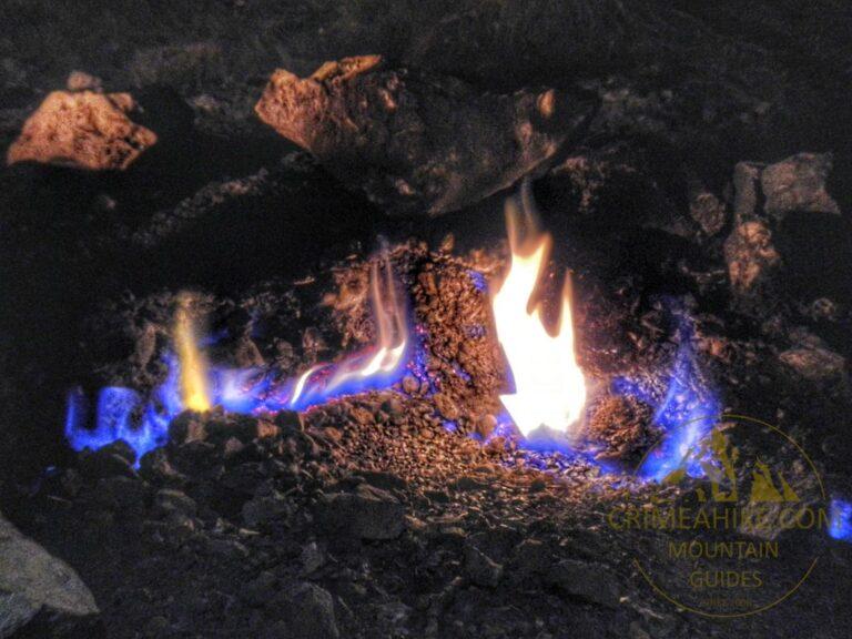 Горящий метан на Химере