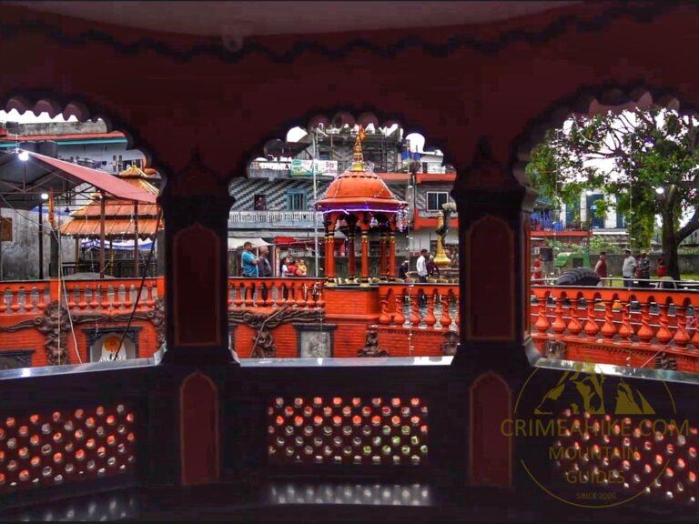 Покхара. Гуптешвар Махадев Мандир