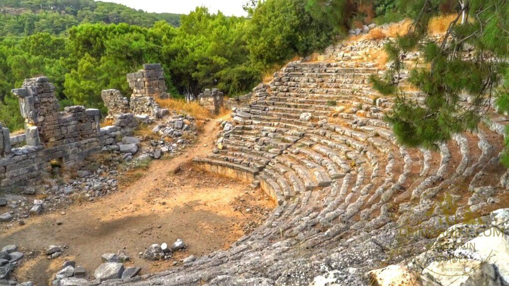 Чиралы -Олимпос - Амфитеатр